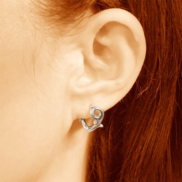 耳 ピアス 左 ピアスを開ける位置・場所の意味12選。軟骨ピアスに意味はあるの?